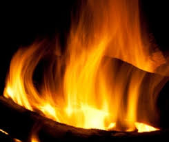 Burning Pit Of Fire - gas vs wood burning fire pit u2014 what u0027s best for my outdoor living
