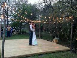 how much is a destination wedding 20 answers event planning how much do wedding planners
