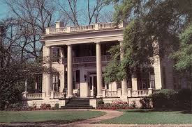 Southern Plantation Decorating Style Spooky Southern Mansions For Sale Historic Homes For Sale