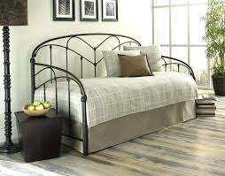 How To Set A Bed Day Bed Comforters Daybed Bedding Sets Daybed Bedding Sets Daybed