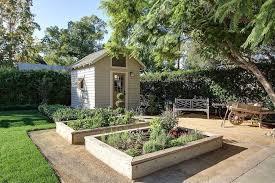 What Type Of Wood For Raised Garden - 41 backyard raised bed garden ideas
