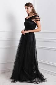 robe noir pour un mariage robe encolure asymétrique longue en tulle pour soirée