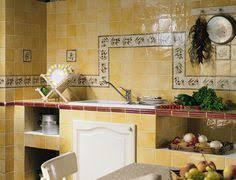 poser sa cuisine idée déco poser un carrelage mural artisanal dans la cuisine