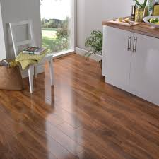 dolce natural walnut effect laminate flooring 1 19 m pack room