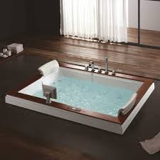 luxury whirlpool tub