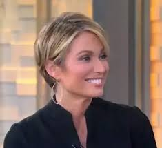 how to cut your hair like amy robach amy robach good morning america this may be my new summer cut