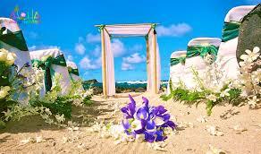 Bamboo Wedding Arch Hawaii Beach Weddings Custom Designed Alters On Oahu