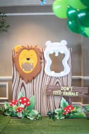 jungle birthday party some astonishing diy birthday party ideas for zoo jungle animals