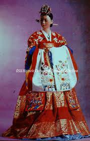 Traditional Wedding Dresses Wedding Traditions