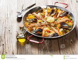 cuisine traditionnelle espagnole paella espagnole traditionnelle de nourriture image stock image