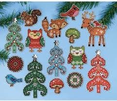design works woodland friends ornaments plastic canvas