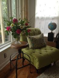 Interior Design With Flowers Day 4 Of Decorating With Flowers The Living Room Side Table