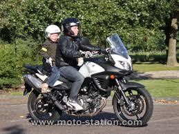 siège moto bébé transporter un enfant à moto ou scooter part 1 la loi le code
