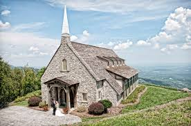 wedding venues in sc glassy chapel mountain wedding venue wedding things to