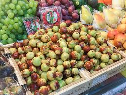 fresh dates fruit fresh picks buying sweet summer fruit in beijing the beijinger