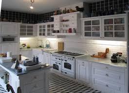 cuisine bois peint meuble en pin standards ou sur mesure le groupe intermobilier