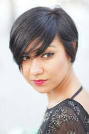 short pixie hairstyles for people with big jaws short pixie bob haircuts from celebrities 38645482 hair