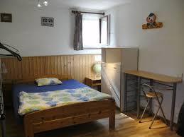 chambre location geneve ève grande chambre à 3km du centre avec salle de et