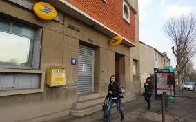 bureau poste fontenay le bureau de poste joffre fermera définitivement en mars