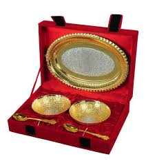 traditional gifts at rs 600 set silver plated gift id 8801718388