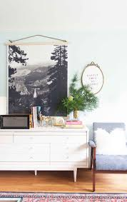 hanging pictures ideas remodelaholic 60 budget friendly diy large wall decor ideas