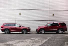 nissan pathfinder vs toyota highlander 2017 toyota highlander vs 2017 gmc yukon denali let u0027s haul some