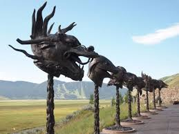 outdoor sculptures at the national museum of wildlife