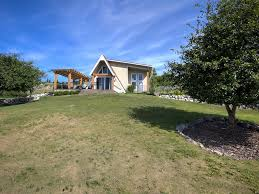 secluded waterfront chalet style cottage nestled in quails u0027 gate