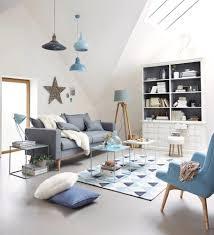Wohnzimmer Braun Rot Rot Blau Wohnzimmer Deko Surfinser Com Marineblaue Stühle