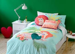 Minnie Mouse Bedding Canada by Bedding Set Minnie Mouse Bedroom Set Full Size Beautiful Minnie