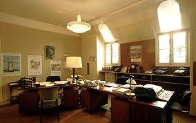 bureau des finances ministère des finances un bureau du personnel le louvre et le