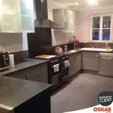 cuisine effet bois plan de travail cuisine effet beton 5 cuisine 233quip233e grise