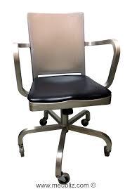 bureau starck fauteuil de bureau à roulettes hudson par philippe starck meuble