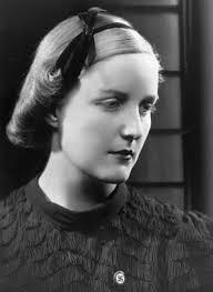 hitler kort biografi var hun hitlers elskerinde kronik debat