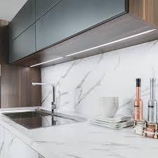lairage led cuisine l éclairage de vos élements de cuisine pour votre projet schmidt