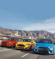 difference between ford focus models 2018 ford focus sedan hatchback features ford com