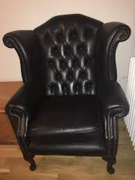 High Back Leather Armchair American Style Button Studded High Back Wooden Leather Single Wing