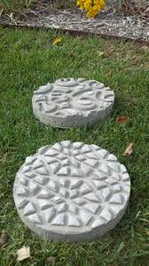 Stepping Stone Molds Uk by 94 Best Stepping Stones Images On Pinterest Garden Stepping