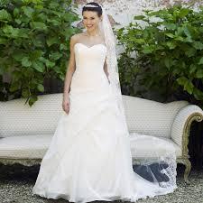 robe de mari e pas cher princesse robe de mariée pas cher en organza avec bustier cœur instant