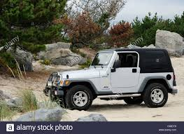 jeep wrangler beach edition wrangler jeep stock photos u0026 wrangler jeep stock images alamy