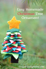 how to make these easy felt tree ornaments