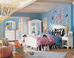 Bedroom Ideas For Teenage Girls Teal And Pink Teen Bedroom Decor Blue Painting Cabinet Beside Bunk Bed