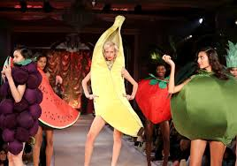 spirit halloween eugene oregon fashion puts a twist on halloween costume trends for 2016