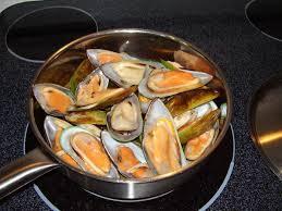 comment cuisiner des moules surgel馥s comment faire cuire les moules congelées comment faire cuire les