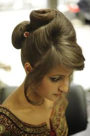 hair steila simpl is pakistan 35 cool hairstyles for girls you should check today slodive