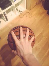 can you palm a basketball hold it with one on the top imgur