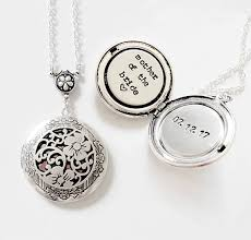 of the gift custom message locket necklace