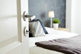 Feng Shui For Small Bedroom Layout Feng Shui Tips For A Bed Close To The Bedroom Door