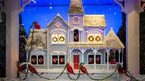 Pictures Of Christmas Window Decorations by The Best Christmas Window Displays In New York City