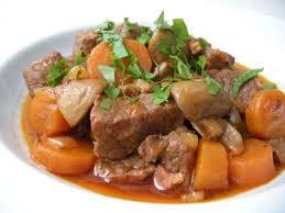 quel vin pour cuisiner boeuf bourguignon recette bœuf bourguignon au vin toutes les recettes allrecipes